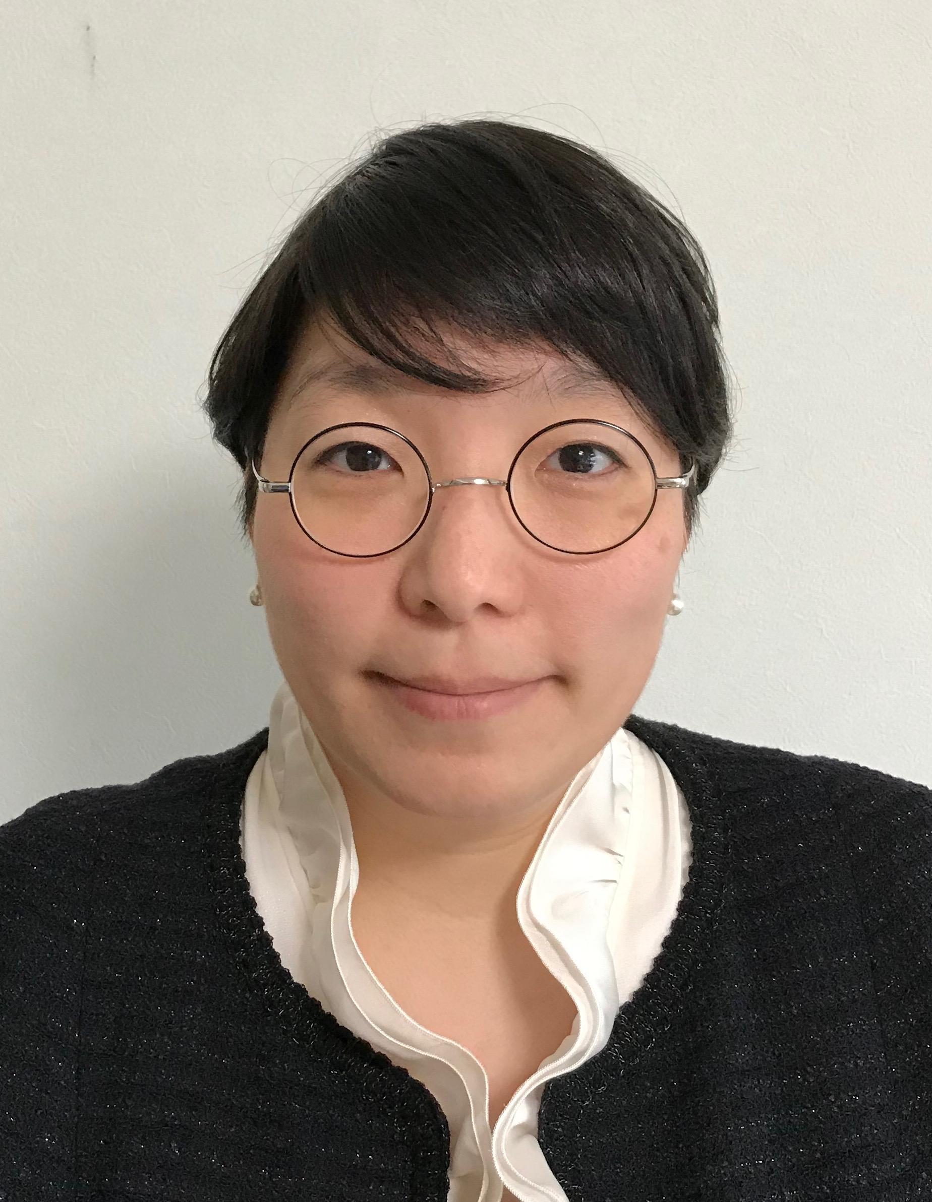 青山学院大学<br>社会情報学部准教授<br>南部 和香 [NAMBU, Kazuka]